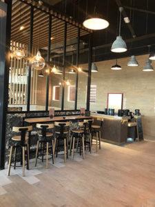 Cafétéria cloison verrière en acier à Saint-Doulchard
